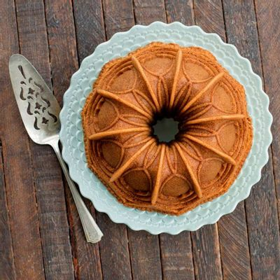 Vaulted-Cathedral-Bundt-Pan